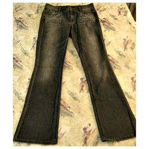 White House/Black Market Jeans 8 R Faded Black